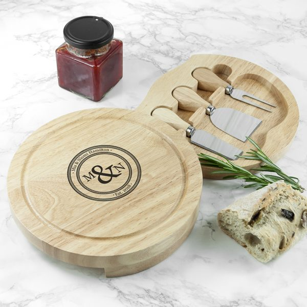 monogram-couple-cheese-board-set-per448-001