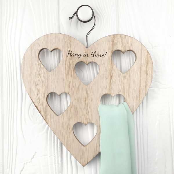 personalised-heart-scarf-holder-per2714-001