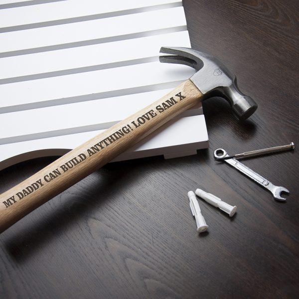 personalised-wooden-hammer-per2512-001