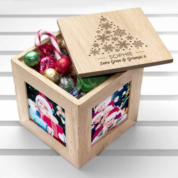 christmas-photo-cube-with-festive-treats-